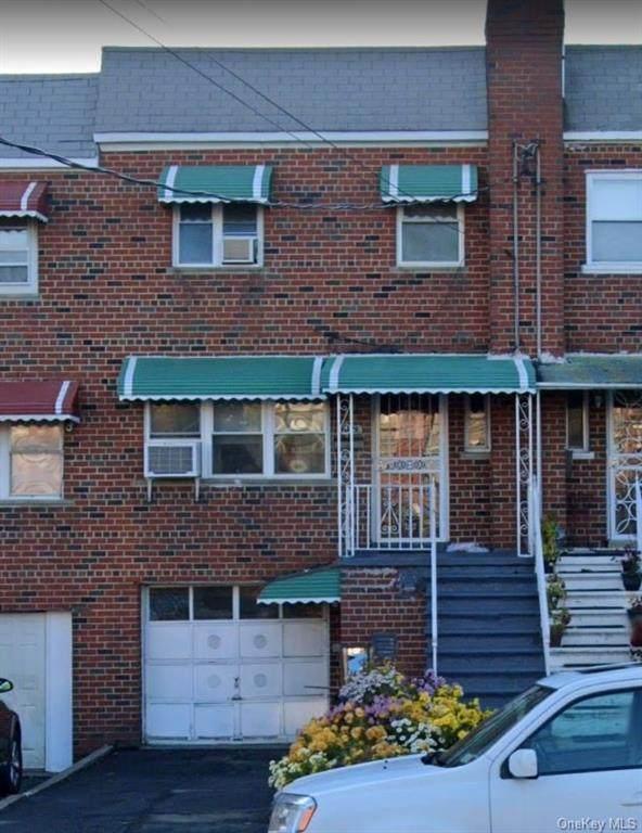 4429 Baychester Avenue, Bronx, NY 10466 (MLS #H6109728) :: Howard Hanna Rand Realty