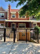 1056 Evergreen Avenue, Bronx, NY 10472 (MLS #H6109729) :: Howard Hanna Rand Realty