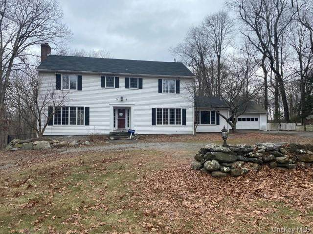 26 Young Road, Katonah, NY 10536 (MLS #H6109974) :: Frank Schiavone with William Raveis Real Estate