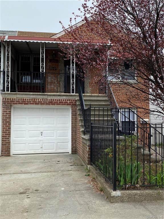 2754 Colden Avenue - Photo 1