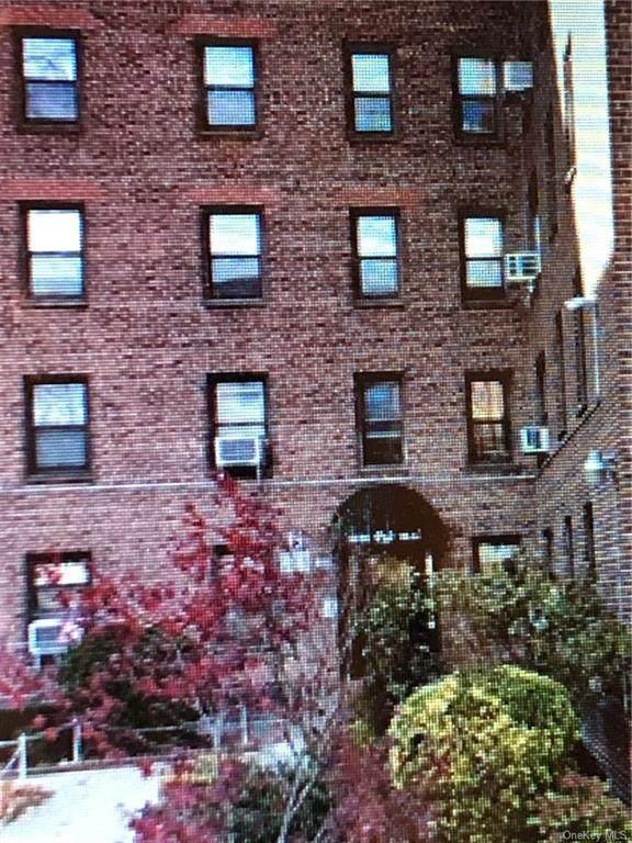 52-24 65 Place 6N, Maspeth, NY 11378 (MLS #H6110241) :: Howard Hanna | Rand Realty
