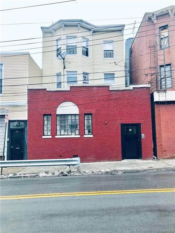 21 Park Hill Avenue - Photo 1