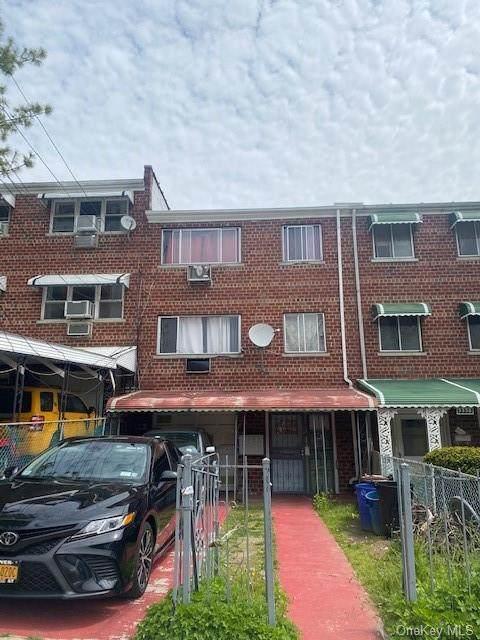 3340 Wickham Avenue - Photo 1