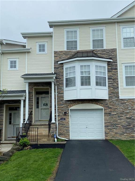 225 Orleans Road 14-5, Newburgh, NY 12550 (MLS #H6111962) :: Signature Premier Properties