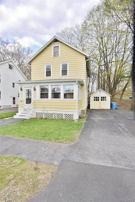 300 E Chester Street, Kingston, NY 12401 (MLS #H6113347) :: Cronin & Company Real Estate