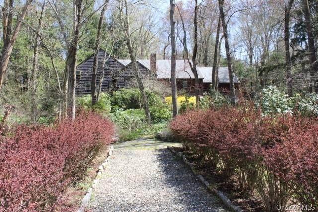 37 Fox Hill Road, Pound Ridge, NY 10576 (MLS #H6115914) :: Mark Boyland Real Estate Team