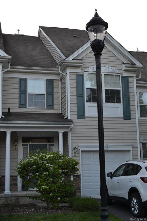 18 Webster Court, Monroe, NY 10950 (MLS #H6116048) :: Cronin & Company Real Estate
