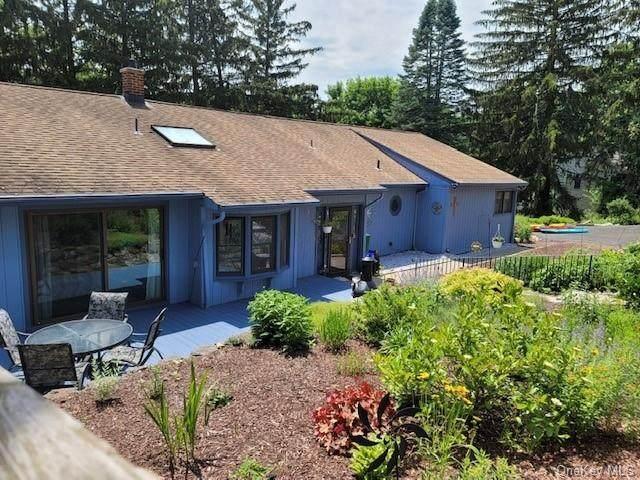 3 Hillside Drive, Tomkins Cove, NY 10986 (MLS #H6122386) :: Barbara Carter Team