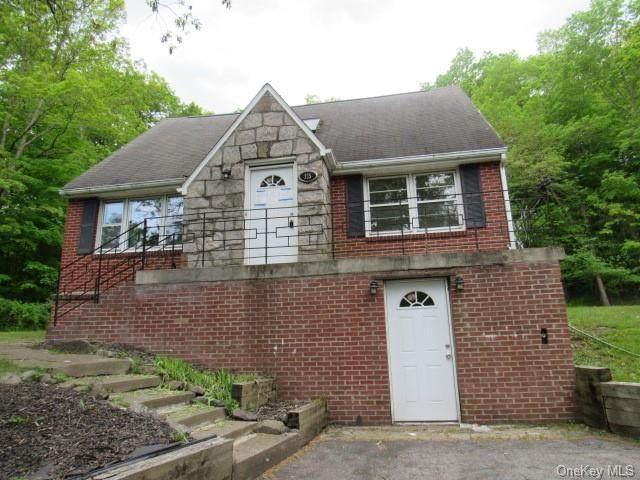 125 Old Mill Road, Wallkill, NY 12589 (MLS #H6122575) :: Howard Hanna | Rand Realty