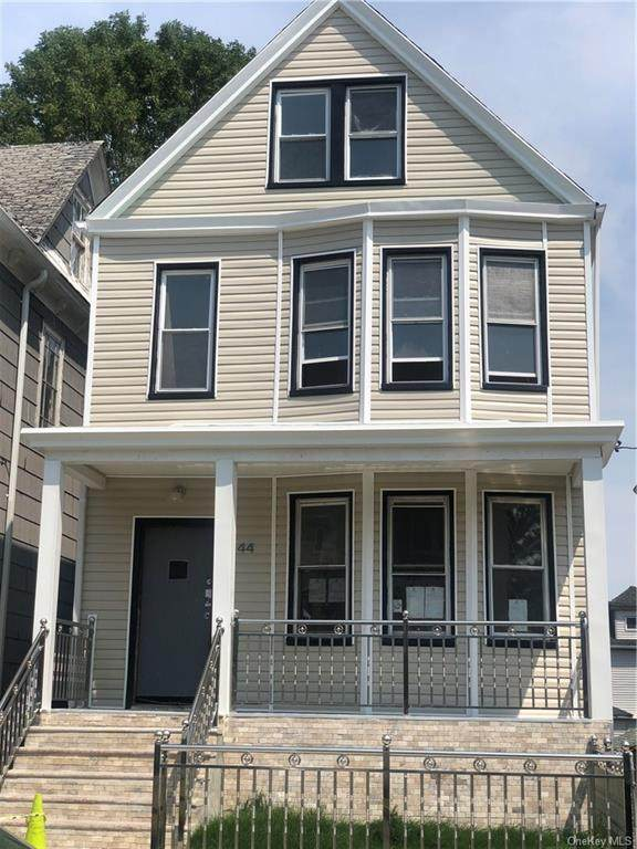 44 Alexander Avenue, Yonkers, NY 10704 (MLS #H6125774) :: Corcoran Baer & McIntosh