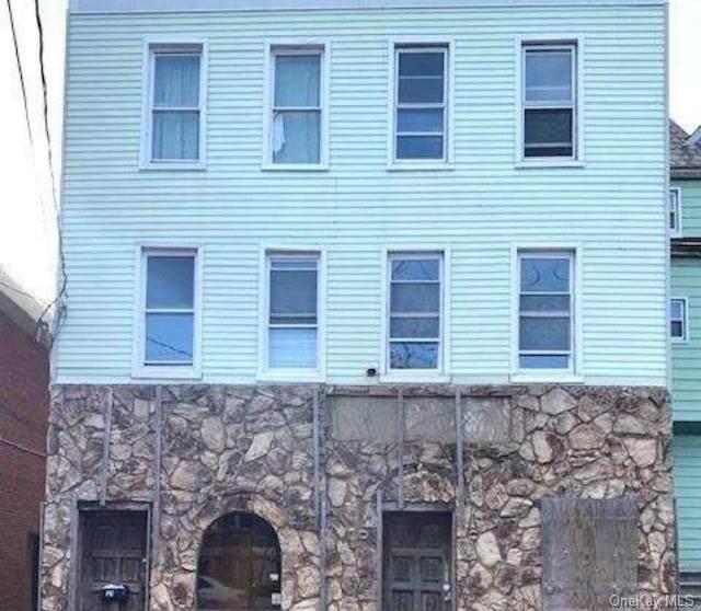 1631 Saint Peters Avenue - Photo 1