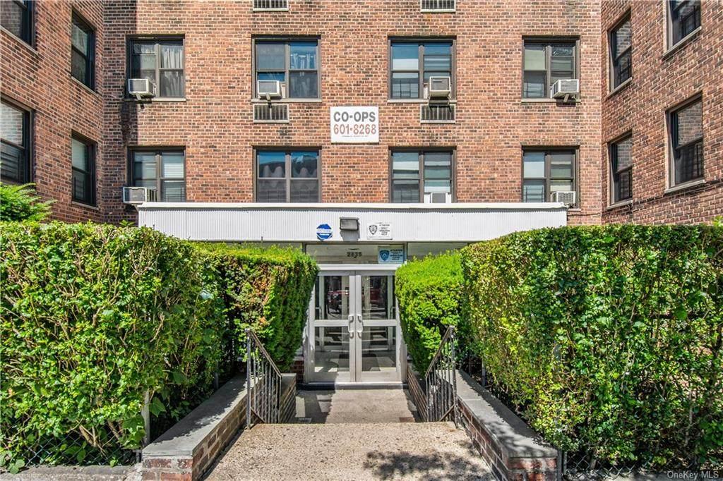 2835 Webb Avenue - Photo 1