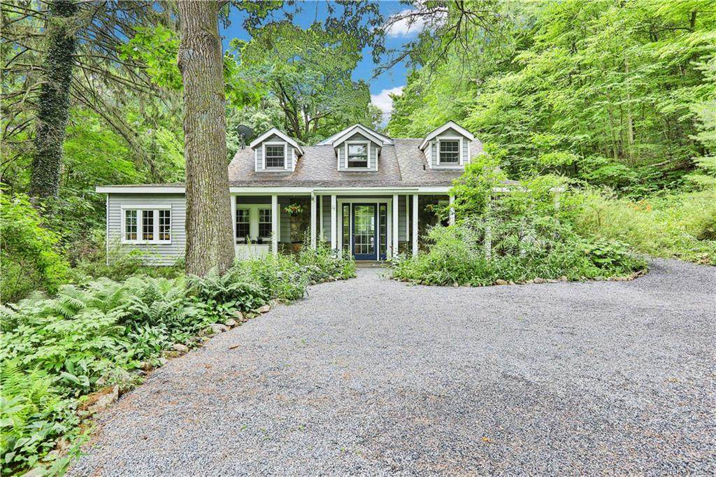 28 Roessel Road - Photo 1