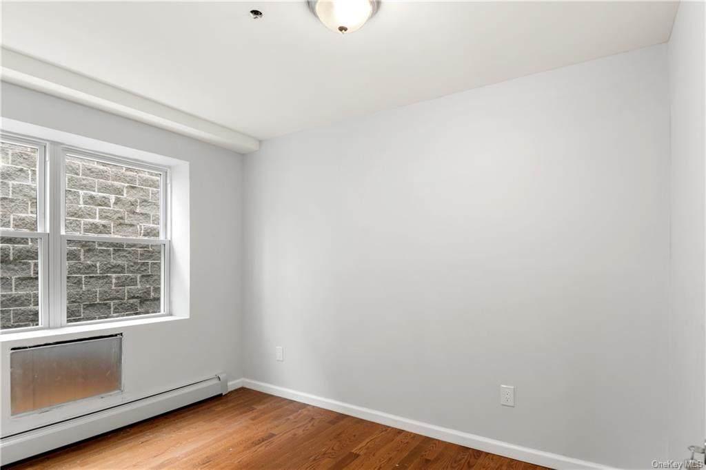 4135 Dereimer Avenue - Photo 1