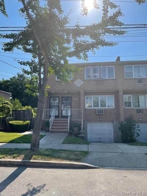 2444 Delanoy Avenue, Bronx, NY 10469 (MLS #H6129103) :: Carollo Real Estate