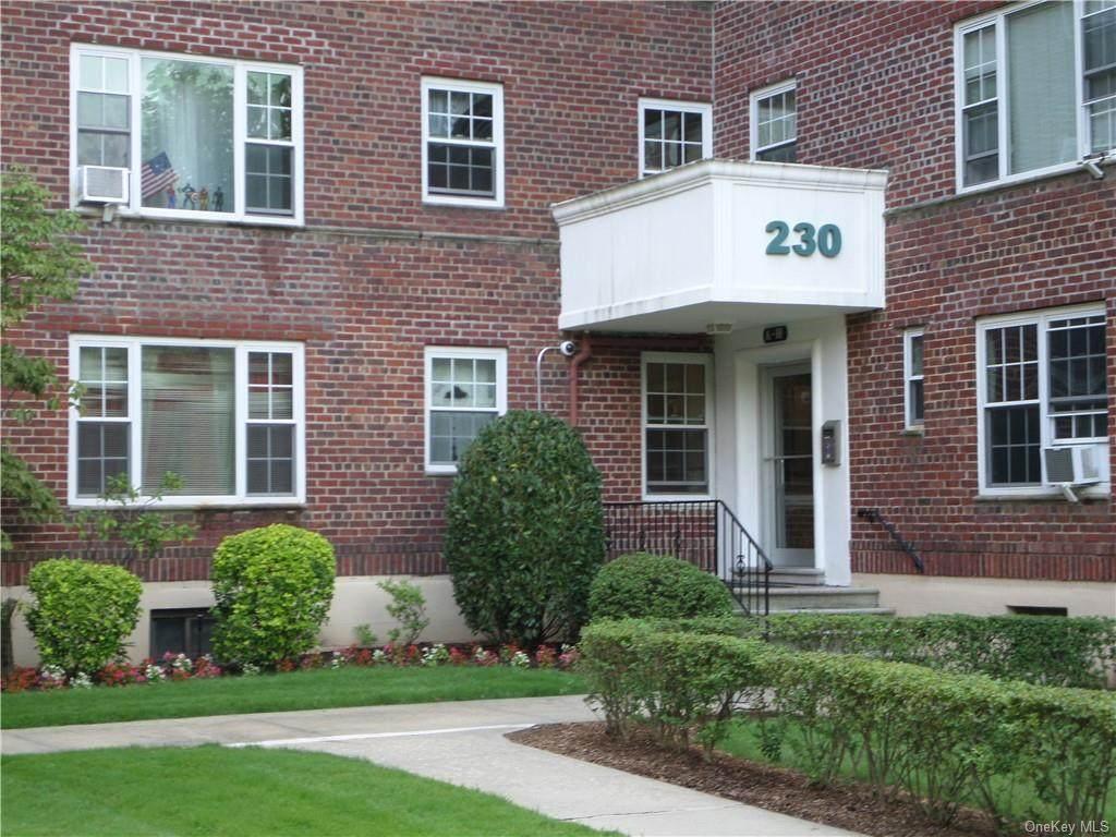 230 Pelham Road - Photo 1