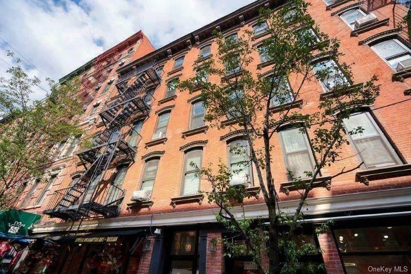 170 Mulberry Street - Photo 1