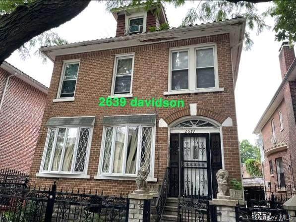 2639 Davidson Avenue - Photo 1