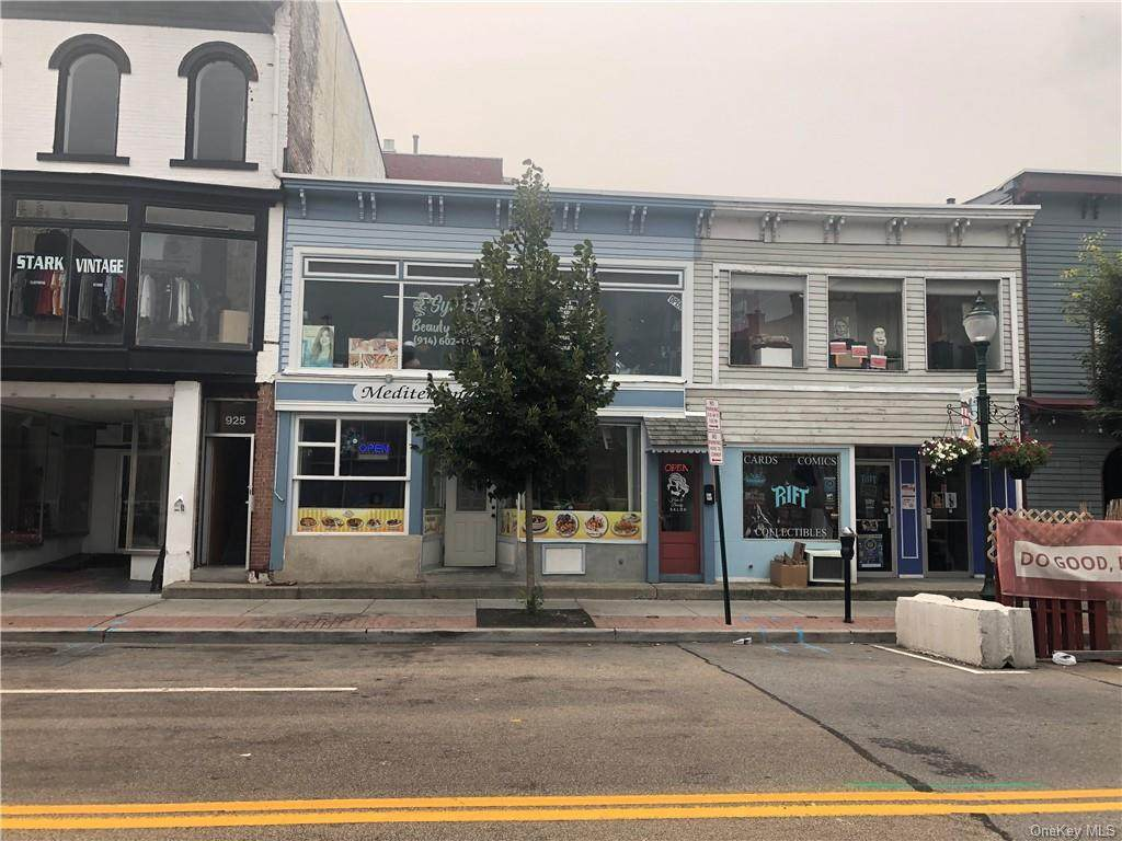923 South Street - Photo 1