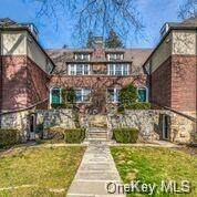 7 Campus Place Revere-Tl, Scarsdale, NY 10583 (MLS #H6133704) :: RE/MAX RoNIN