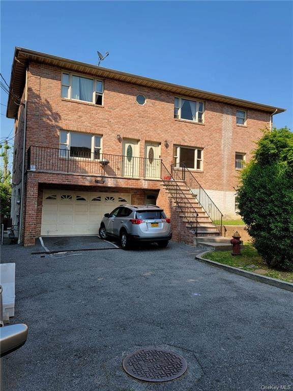 70 Coolidge Ave Avenue, Yonkers, NY 10701 (MLS #H6136300) :: The SMP Team