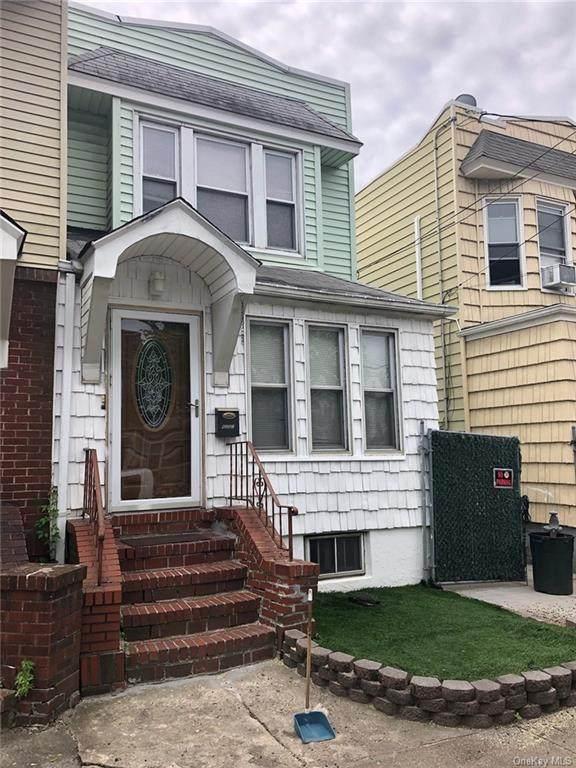 62-32 60 Avenue, Maspeth, NY 11378 (MLS #H6136859) :: Cronin & Company Real Estate