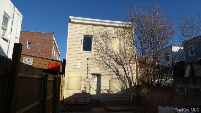 103-18 Martense Avenue - Photo 1