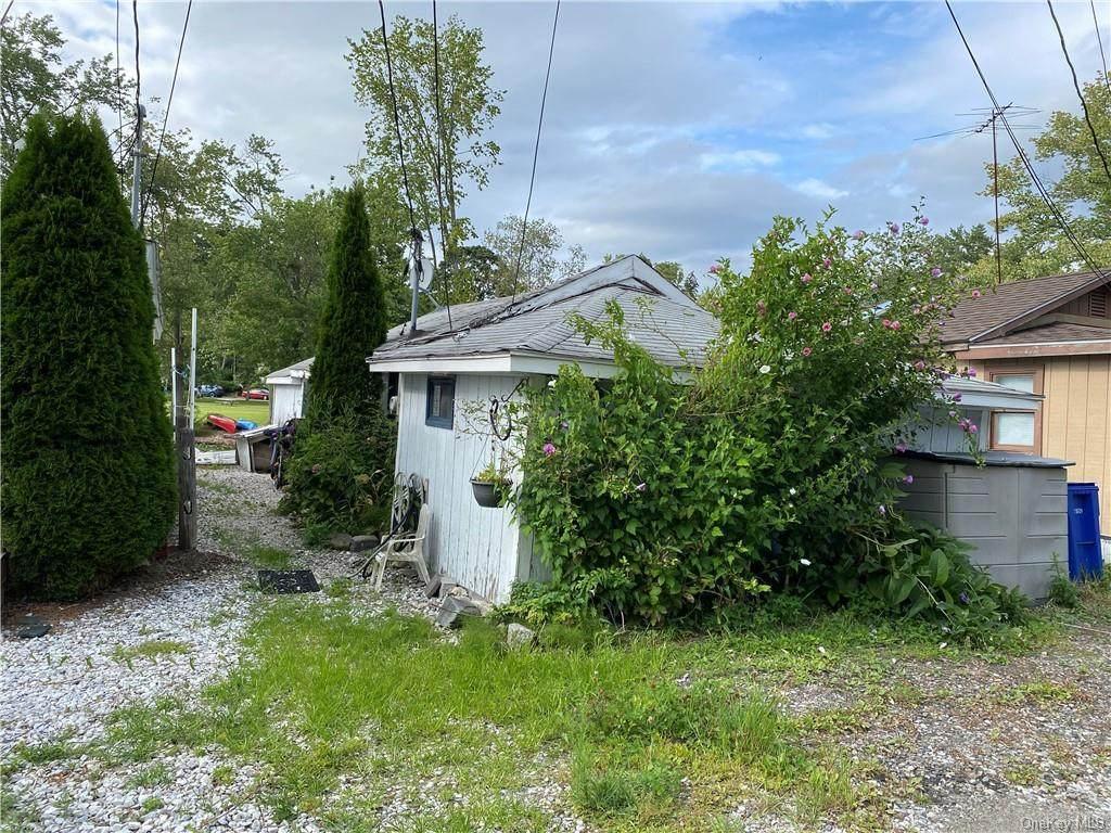 6 Cottage Lane - Photo 1