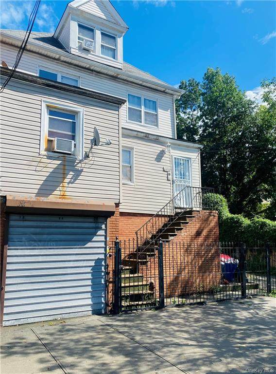 4374 Bronx Boulevard - Photo 1