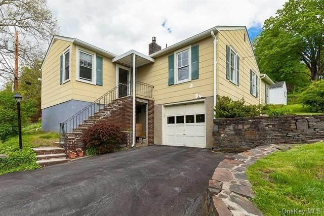 19 River Road, Hyde Park, NY 12538 (MLS #H6139736) :: McAteer & Will Estates | Keller Williams Real Estate