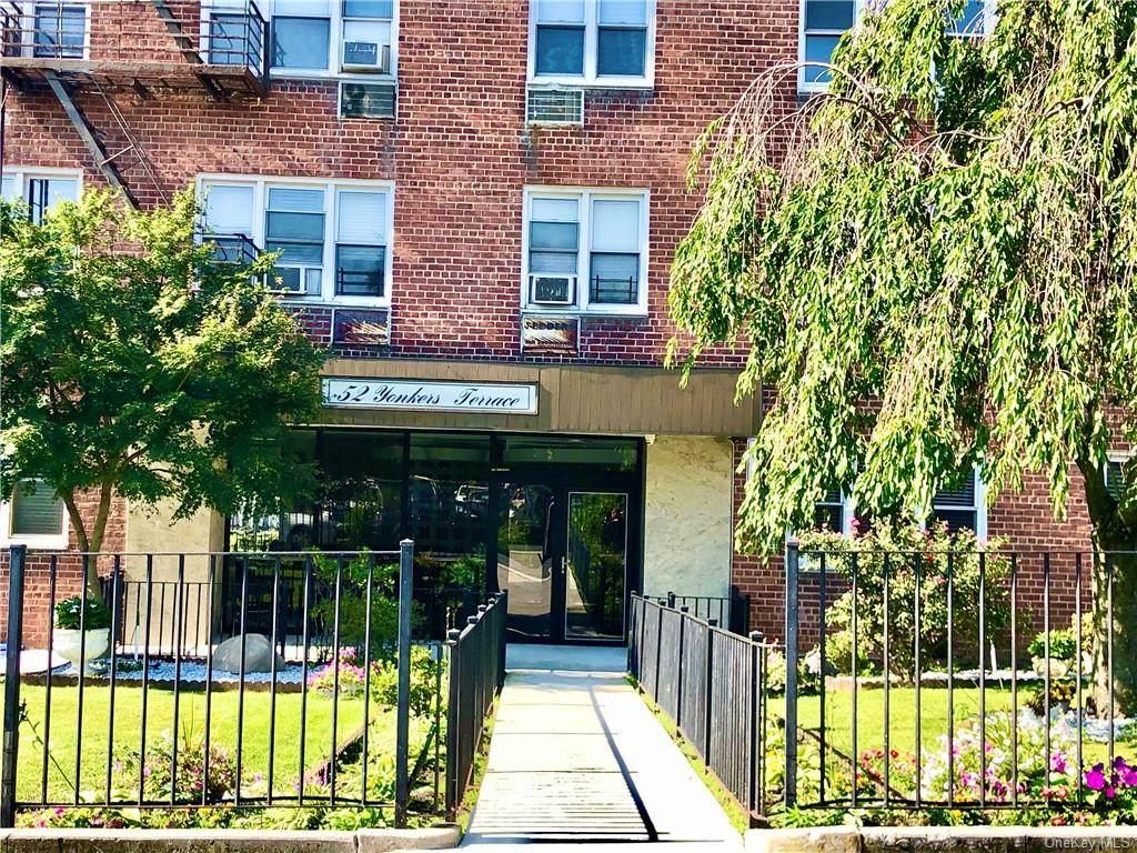 52 Yonkers Terrace - Photo 1