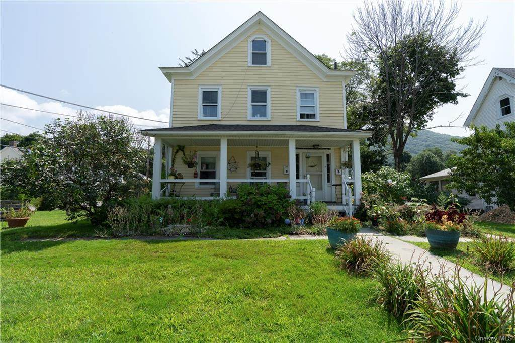 36 Russell Avenue - Photo 1