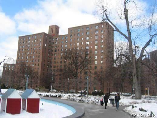 5 Metropolitan Oval 8E, Bronx, NY 10462 (MLS #H6141568) :: Goldstar Premier Properties