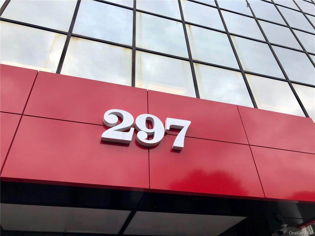 297 Knollwood Road - Photo 1