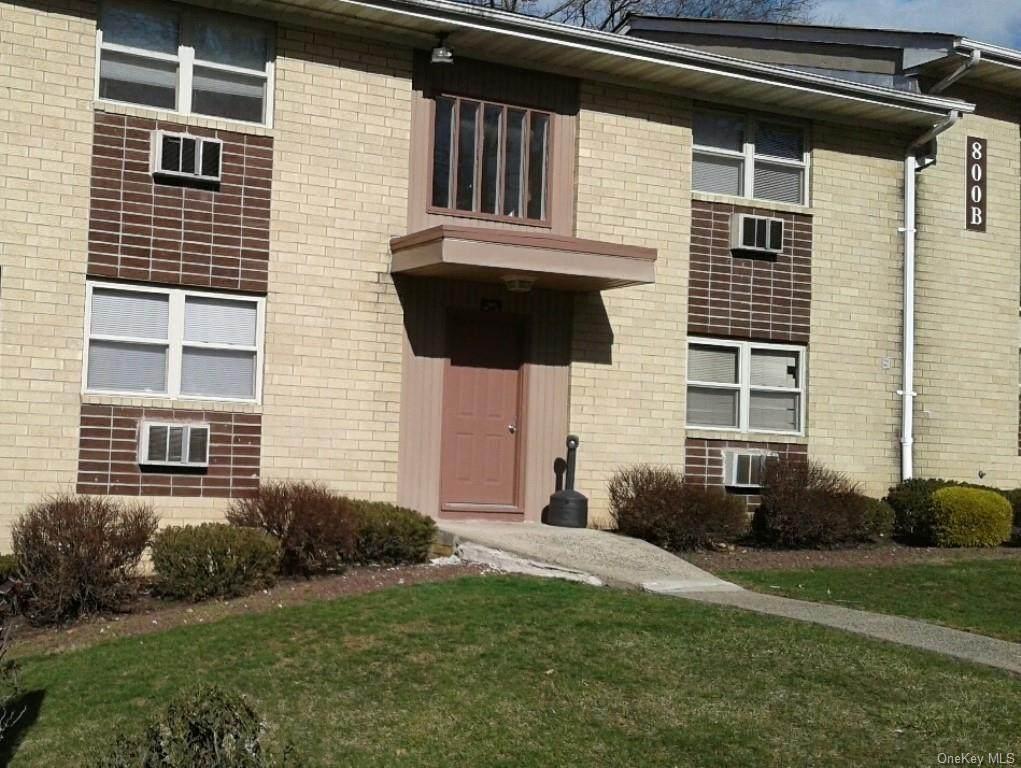 796-800 Brookridge Drive - Photo 1
