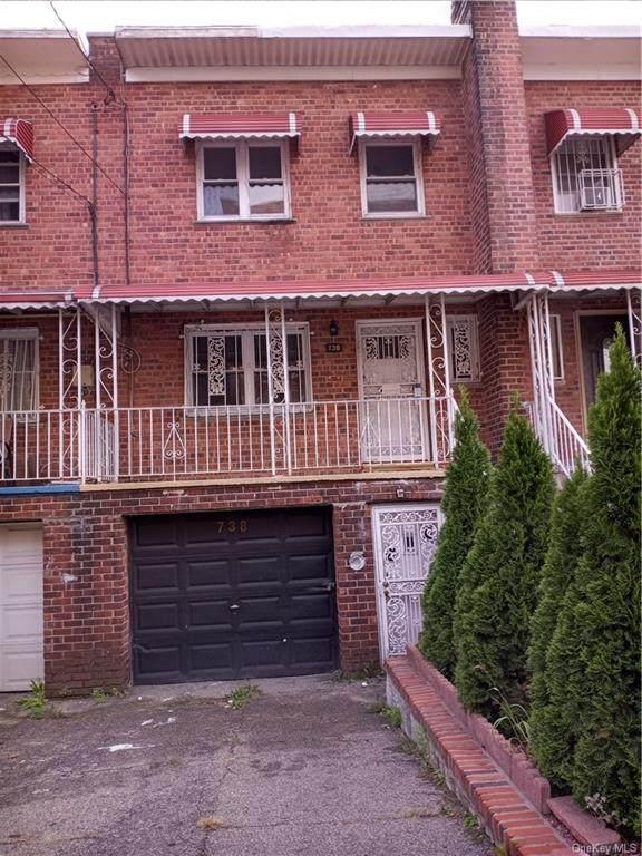 738 E 242nd Street, Bronx, NY 10470 (MLS #H6142552) :: Kendall Group Real Estate | Keller Williams