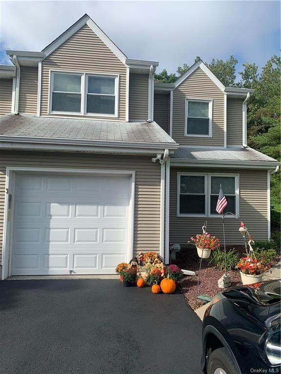 3 Deer Crossing Drive, Fishkill, NY 12524 (MLS #H6143629) :: The Clement, Brooks & Safier Team