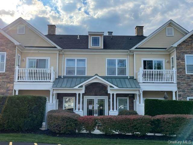 2210 Views Way #2210, Pomona, NY 10970 (MLS #H6143760) :: Signature Premier Properties