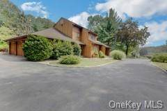 84 Park Lane, West Harrison, NY 10604 (MLS #H6144248) :: Carollo Real Estate