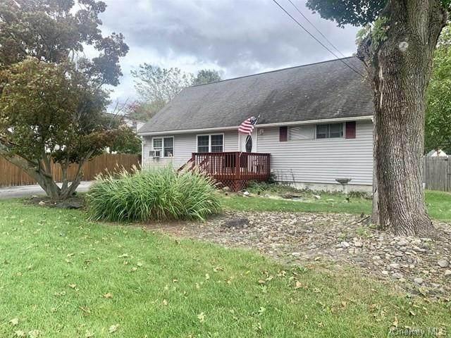 39 Honey Lane, Wappingers Falls, NY 12590 (MLS #H6144471) :: Team Pagano