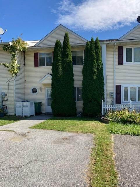 39 Cedar Court, Middletown, NY 10940 (MLS #H6145072) :: Mark Boyland Real Estate Team
