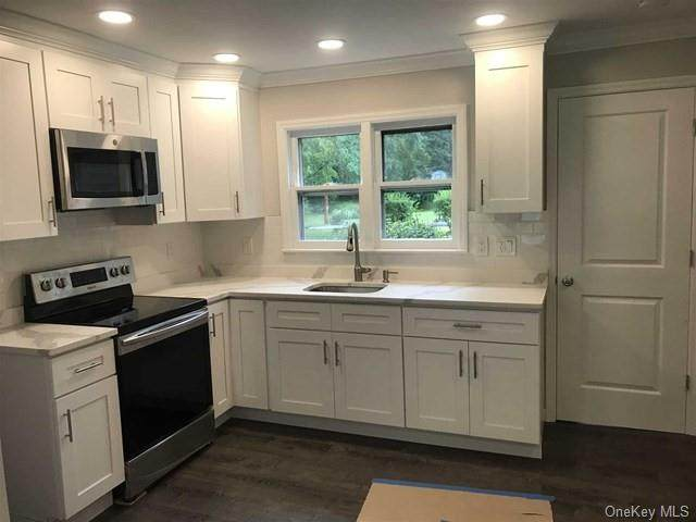 42 South Terrace, Fishkill, NY 12524 (MLS #H6145775) :: Goldstar Premier Properties