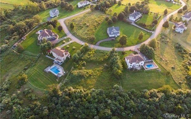 21 Vista Lane, Patterson, NY 12563 (MLS #H6147332) :: Cronin & Company Real Estate