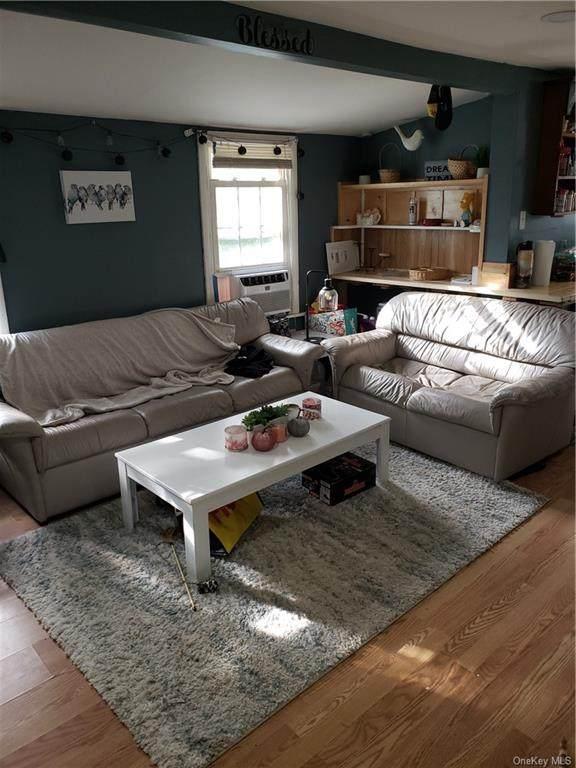 1 Tweed Place, Florida, NY 10921 (MLS #H6149653) :: Mark Boyland Real Estate Team