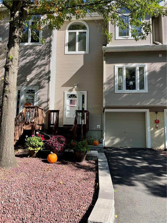 132 Foltim Way, Congers, NY 10920 (MLS #H6149822) :: The SMP Team