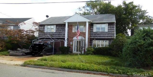 94 Jeffery Lane, Oceanside, NY 11572 (MLS #H6149901) :: Signature Premier Properties