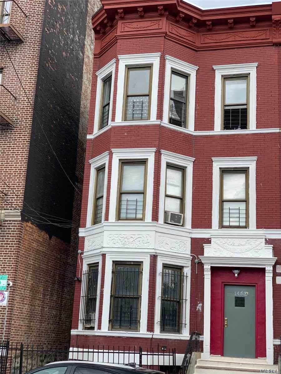 1455A Bryant Avenue - Photo 1