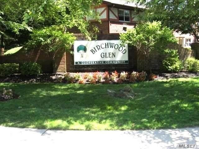 6 Glen Hollow Drive A27, Holtsville, NY 11742 (MLS #3219407) :: Nicole Burke, MBA | Charles Rutenberg Realty