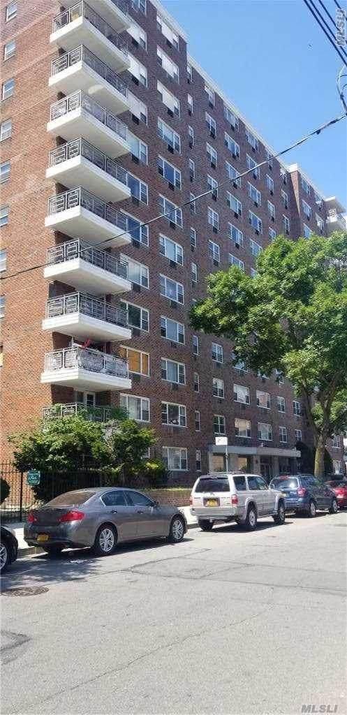 89 15 Parson Blvd 12 P, Jamaica, NY 11432 (MLS #3258734) :: Nicole Burke, MBA   Charles Rutenberg Realty