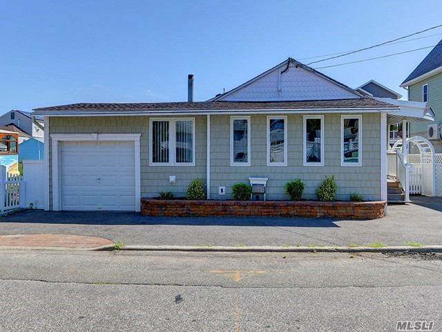 123 Clubhouse Road, Bellmore, NY 11710 (MLS #3262913) :: Nicole Burke, MBA   Charles Rutenberg Realty